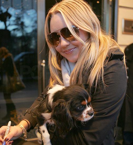 صور الجميلة Amanda bynes Amanda-cute-dog-bynes