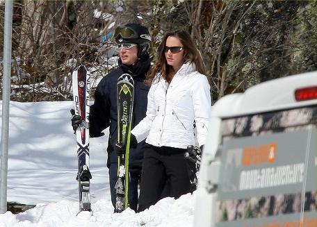 prince william kate middleton skiing. Prince William and Kate