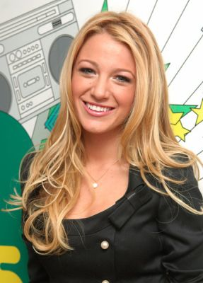 Blake Lively Straight Hair on Blake Lively Trl 1 Jpg