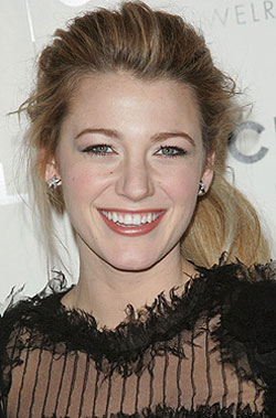 Blake Lively  on How To  Blake Lively S Makeup Look