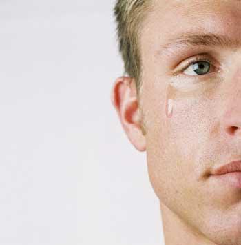 c'est quoi la cause des larmes pleures chez l'homme?