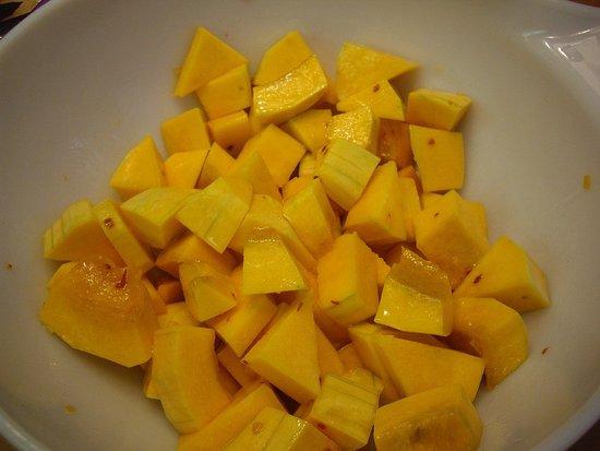 Fall Into Salads: Butternut Squash, Pomegranate, and Walnuts ...