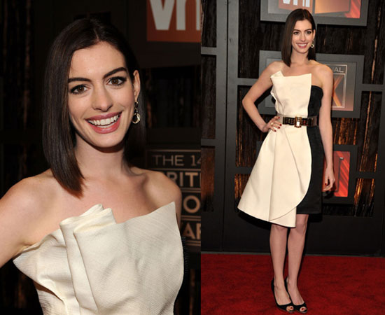 Anne Hathaway Without Makeup Pictures. Anne Hathaway looks like a
