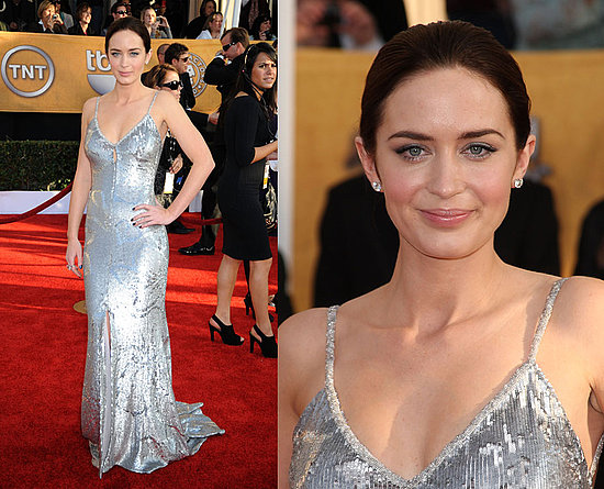 http://images.teamsugar.com/files/upl1/0/3987/04_2009/e6e8815ae09144d4_Emily-Blunt.preview.jpg