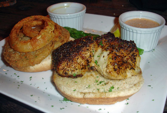 Wich of the Week: Grilled Grouper With Fried Green Tomatoes ...