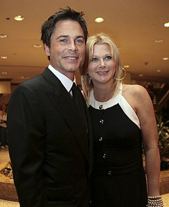 sugar bits rob lowe 39 s wife sued by former nanny. Black Bedroom Furniture Sets. Home Design Ideas