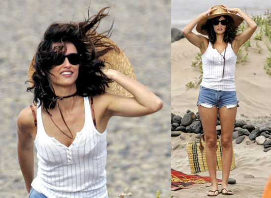 Penelope Cruz Wears Short Shorts on the Set of Broken Embraces