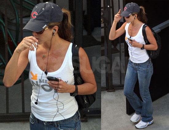 Jennifer Aniston Casual Wear. Jennifer Aniston Is Sporty