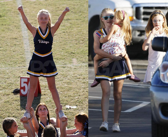 To see more of Dakota cheering and her family just read more.