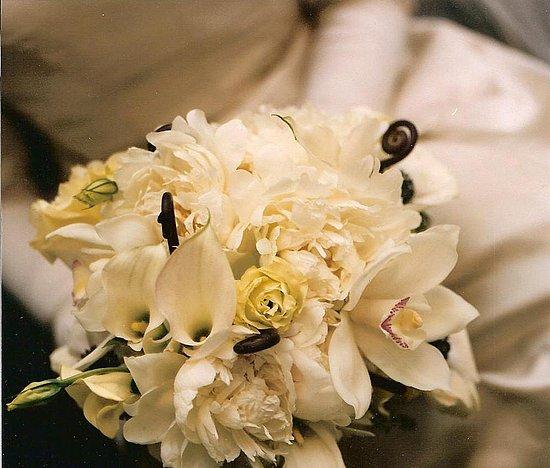Jessica Simpson Wedding Bouquet 3