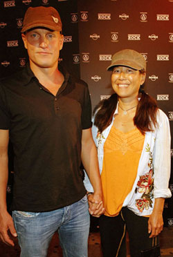 WOODY HARRELSON WHOS DATED WHO