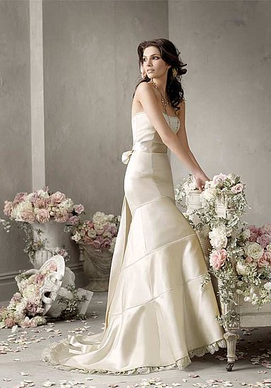 trumpet wedding dress, ivory gown