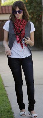 http://images.teamsugar.com/files/upl1/10/105309/05_2009/2254d9c289b814cd_Jessica-Alba-Style.jpg
