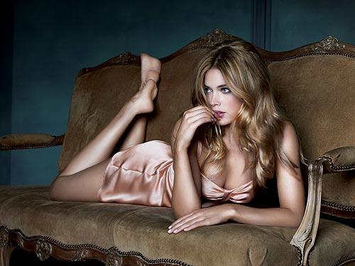 tyra banks modeling victoria secret. Victoria#39;s Secret has revealed