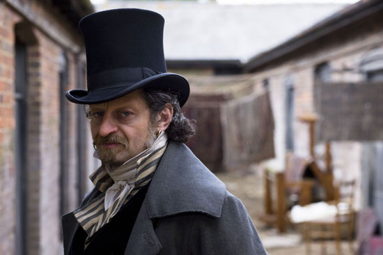 http://images.teamsugar.com/files/upl1/20/202476/44_2008/3f251532c8a5a49d_andy_serkis_as_rigaud_in_little_dorrit.jpg