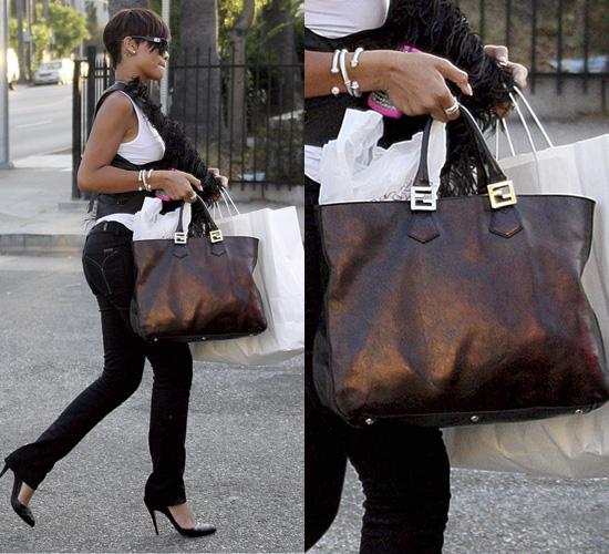 146f29e286 Rihanna Shows Off Her Fendi Twins Tote