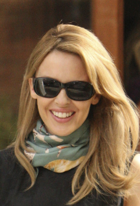 brunette with blonde highlights. I loved her runette,