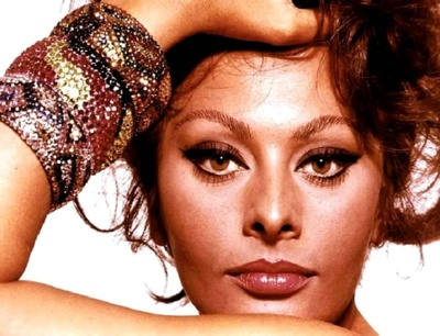 http://images.teamsugar.com/files/upl1/4/49504/19_2008/sophia-loren-gallery-10-tm.jpg