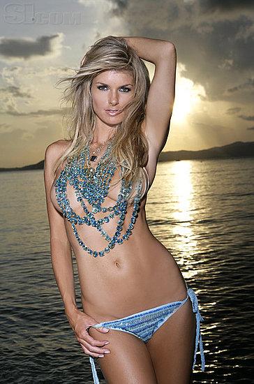 marisa-miller-topless-bikini-candid