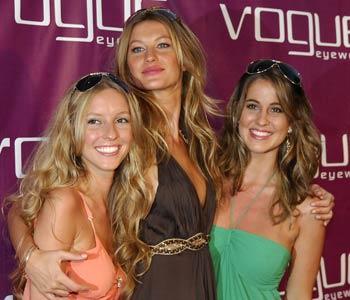 Gisele, Gabriela and Rafaela Bundchen