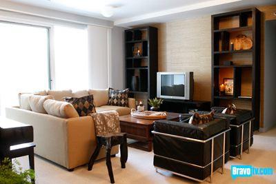 Top design episode four bachelor pads popsugar home for Bachelor flat design