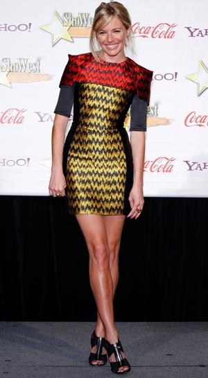 sienna miller style 2009. Sienna Miller showed off her