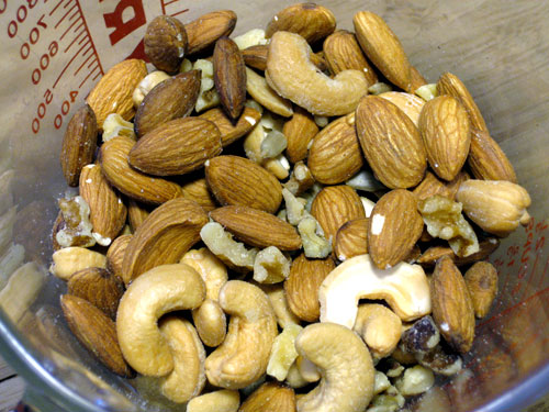 2 cups of nuts and seeds including cashews, almonds, sunflower,