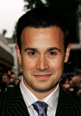 freddie prinze jr birthday