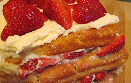 Strawberry Chiffon Cake Recipe Uk