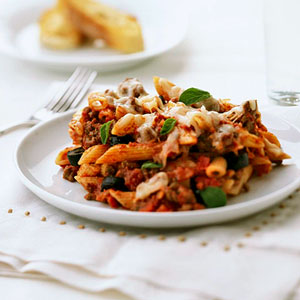 Fast & Easy Dinner: Penne With Meat Sauce | POPSUGAR Food
