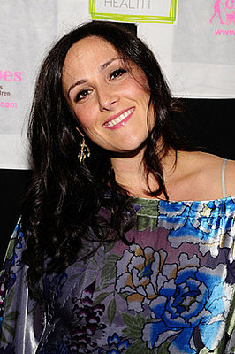 Ricki Lake breastfeeding