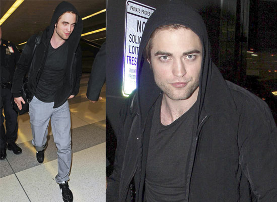de09301030b3e0f6_robert-pattinson-lax-jfk