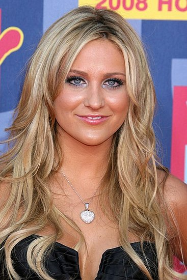 The Hills-Fashion and Hairstyles: Stephanie Pratt