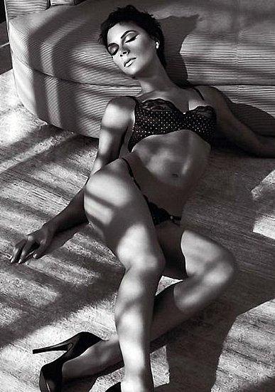 Megan Fox Armani Underwear Pictures. of Armani Underwear chose