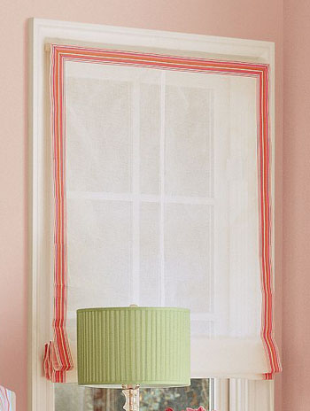 Blinds with ribbon
