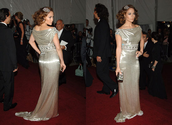 jennifer lopez dresses 2009. Here we have Jennifer Lopez on
