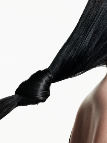how to make dry hair look healthy and shiny