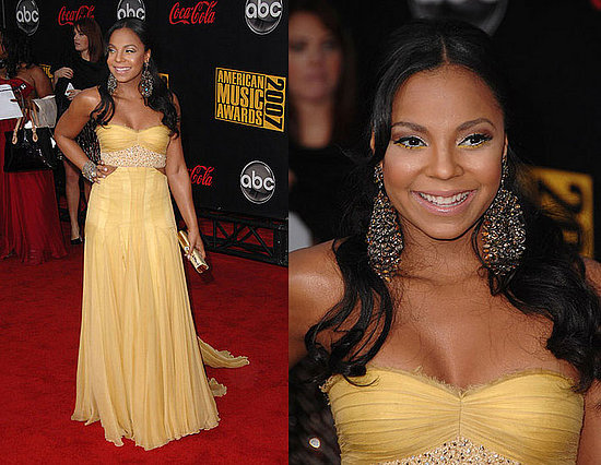 ashanti hairstyles. 2007 American Music Awards: Ashanti