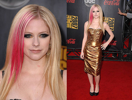 2007 American Music Awards: Avril Lavigne. Love It. Hate It. Undecided