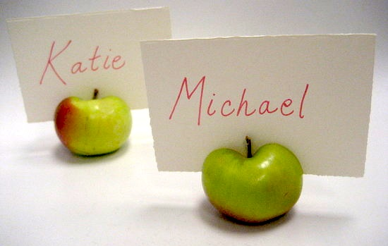 Cheap place card holder ideas I found these on Do It Yourself Wedding and
