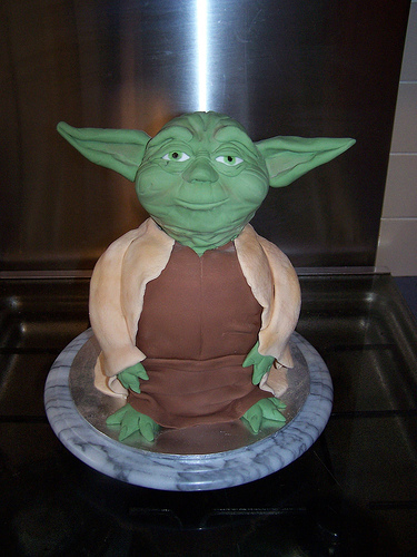 Incredible Star Wars Cake 375 x 500 · 107 kB · jpeg