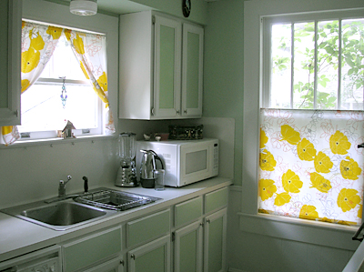 Diy painting your kitchen cabinets popsugar home for Best latex paint for kitchen cabinets