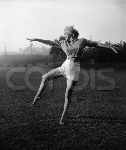 Marilyn dancing....seems like a fun & creative way to stay fit!