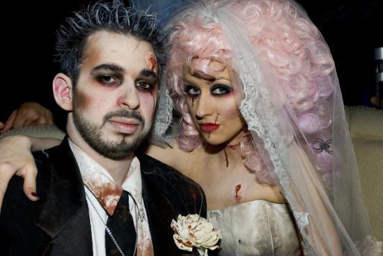 share this link - Christina Aguilera Halloween