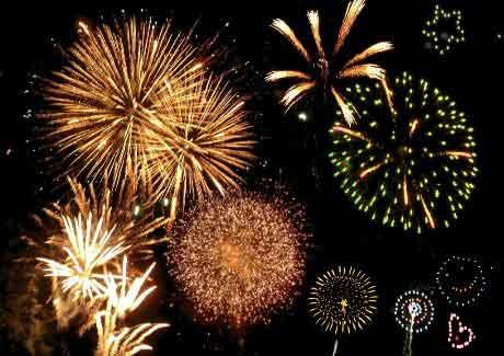 المتميزة بحر الشوق والالفية الثالثة fireworks.jpg