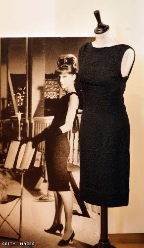 Платья, аксессуары и письма великой актрисы Одри Хепберн выставили на...