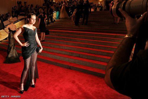 Kristen Stewart Met Ball