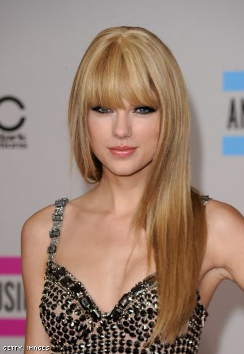 taylor swift straight hair ama. Taylor Swift Straight Hair