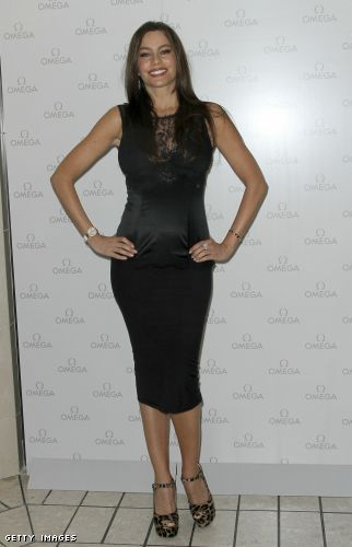 Sofia Vergara curvy in a little black dress