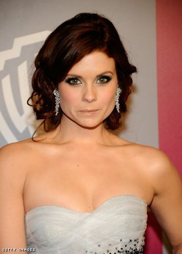 Joanna Garcia cleavage